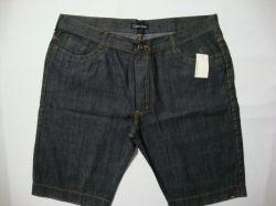 Bermuda jeans Calvin Klein Tamanho 56