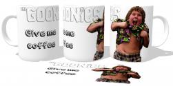 Caneca Porcelana Goonies gordo give me coffee