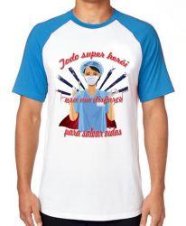 Camiseta Raglan Enfermeira super herói salvar vidas