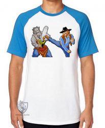 Camiseta Raglan Chuck Norris Massacre