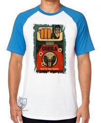 Camiseta Raglan  Cigarro Cobra