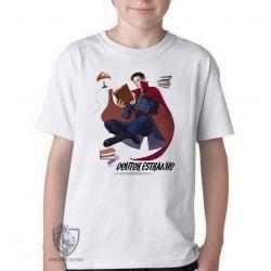 Camiseta Infantil Dr Estranho voando
