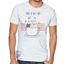 Camiseta Gatinhos xícara