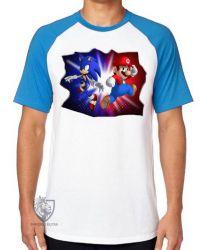 Camiseta Raglan Sonic Mário