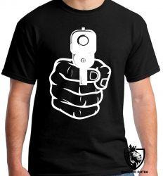 Camiseta Arma em punho
