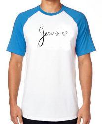 Camiseta Raglan Jesus coração
