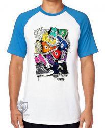 Camiseta Raglan Pilha de tênis