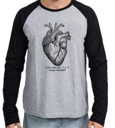 Camiseta Manga Longa Coração Enfermagem Medicina