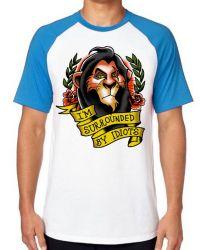 Camiseta Raglan Scar Cercado por Idiotas