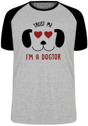 Camiseta Raglan Veterinário Dogtor