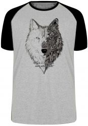 Camiseta Raglan Vence o Lobo