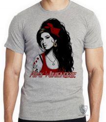 Camiseta Infantil Amy Winehouse vermelho